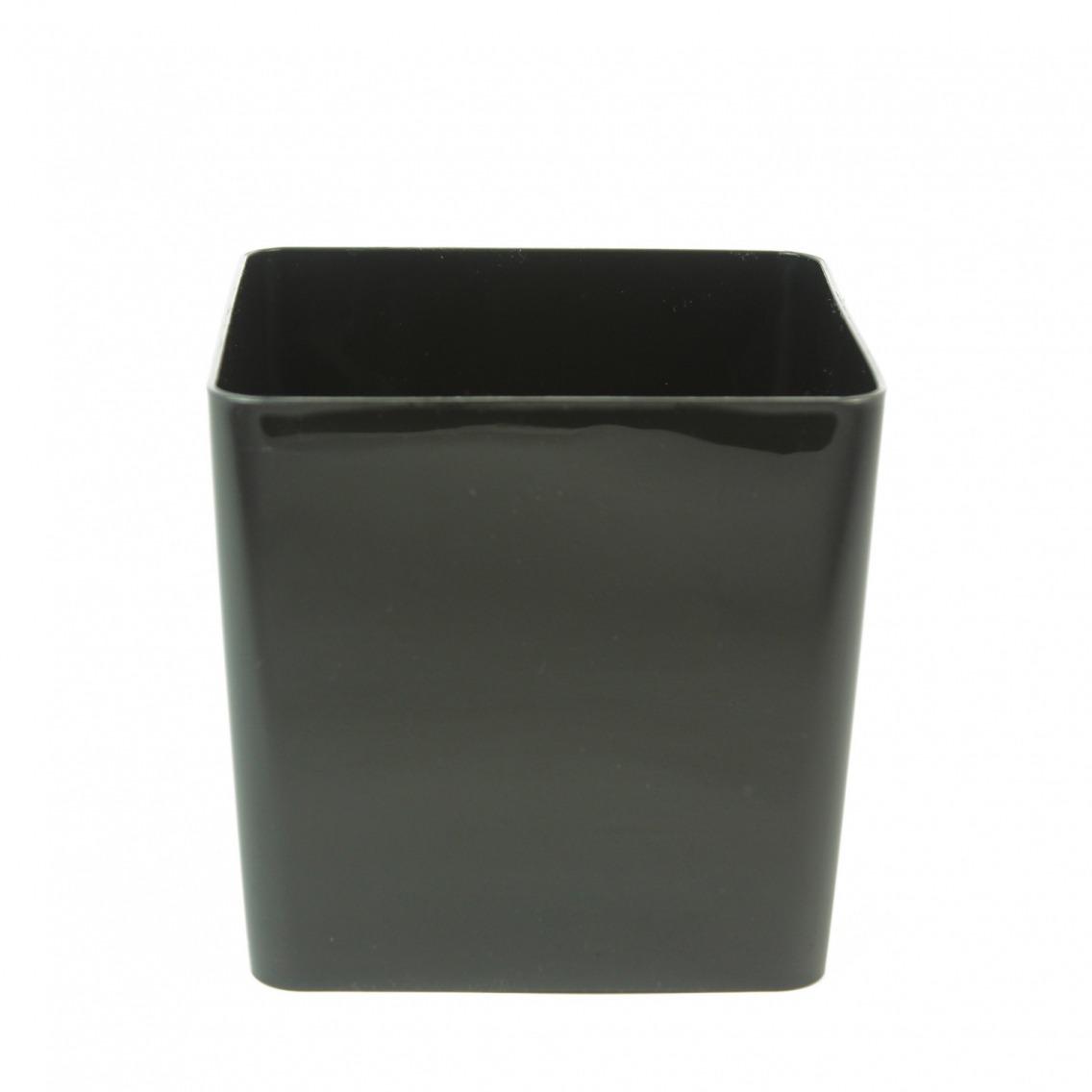 cache pot noir cubo pots en plastique artiplantes. Black Bedroom Furniture Sets. Home Design Ideas